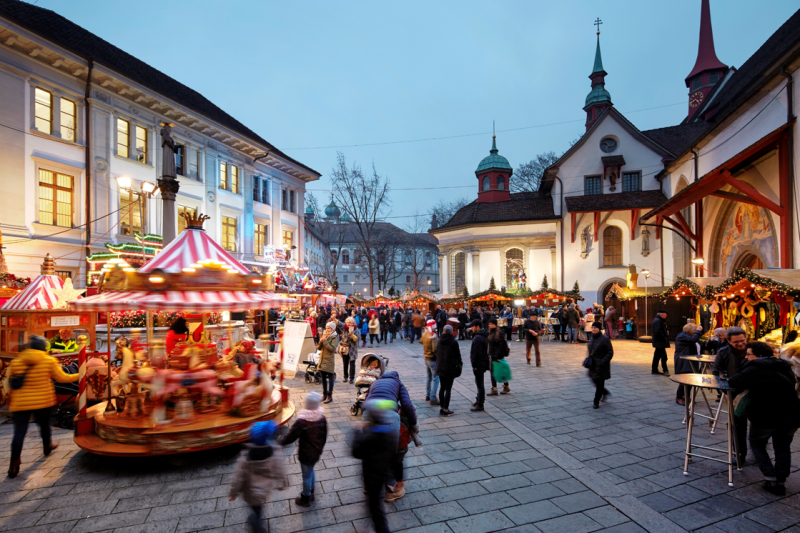 Christmas In China.How To Market Christmas To Chinese Tourists Dragon Trail